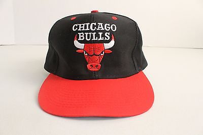 vintage-90s-chicago-bulls-nba-logo-7-snapback-black-red-embroidered-logo-hat-cap-d7a570e8761508142df679db00347f37